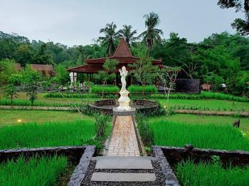 CHANDAKA BOROBUDUR Cafe Restaurant and Resort